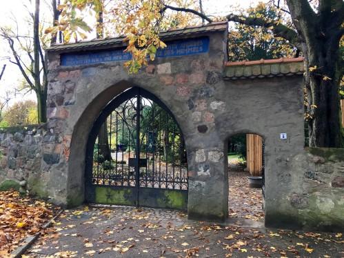 Eingang zum Kirchhof